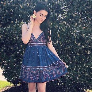 Karina Grimaldi Grace Embellished Dress S